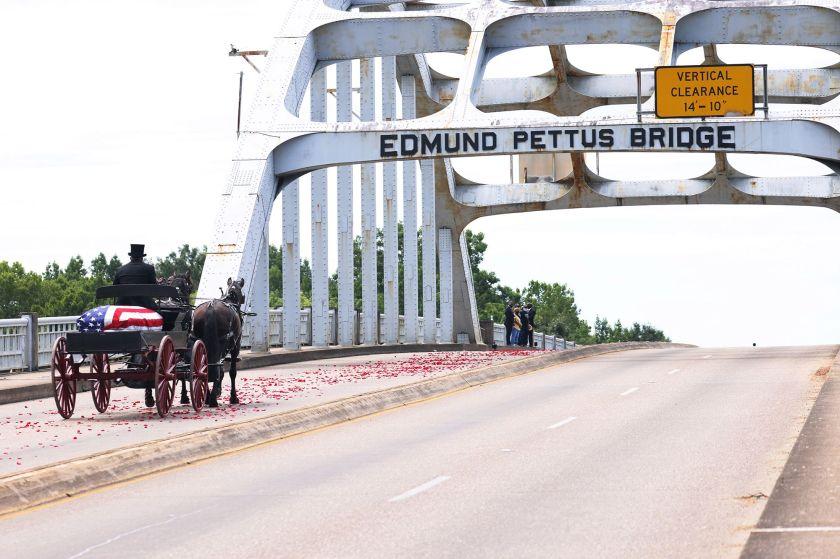 edmund-pettus-bridge.jpg